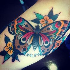 What does butterfly tattoo mean? We have butterfly tattoo ideas, designs, symbolism and we explain the meaning behind the tattoo. Trendy Tattoos, Small Tattoos, Tattoos For Women, Tattoos For Guys, Neue Tattoos, Body Art Tattoos, Sleeve Tattoos, Traditional Butterfly Tattoo, Neo Traditional Tattoo