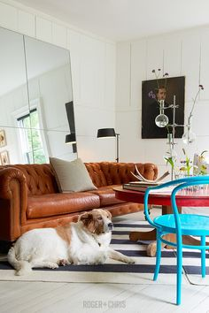 Chesterfield Sofas, Armchairs, Sectionals, Sleepers | Leather, Fabric, Linen | Made in USA | Higgins from Roger + Chris