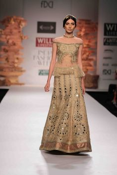 Celebrated couture designer #SulakshanaMonga collection at #WillsLifestyleIndiaFashionWeek