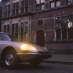 Ready to take you anywhere Sir. This star of a car has the best suspension in the world! Taken with a Rolleicord on Kodak PORTA 160 at f/8 and 4. The shining light in the darkness of night. A true polaroid image taken with an SX-70 on IMPOSSIBLE's color film. #citroen #citroenDS #citroenDSuper #DS #DSuper #fransh #photography #analogephotography #rollei #rolleicord #rolleicordvb #kodak #kodakporta #porta160 #style #vintage #classiccar #car #drivetribe #1972