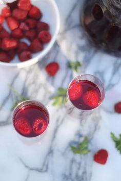 mixed berry vodka spritzers