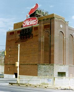 The old Heinz Plant on the North Side of Pittsburgh, Pennsylvania Pittsburgh Steelers, Pittsburgh Skyline, Keystone State, Carnegie Museum, The 'burbs, Best Places To Live, Modern Buildings, Best Cities, Empire State Building