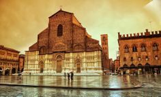 Bologna, Piove ! Piazza Maggiore, foto di Marco Colombari