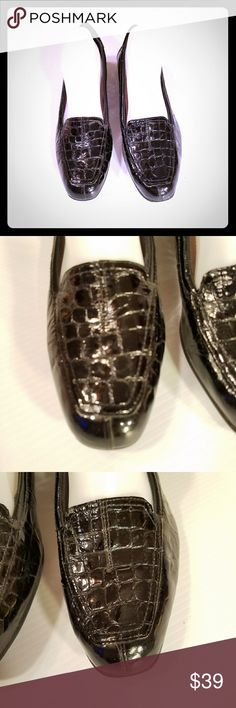 Clarks Everyday Black Patent Croc Leather Loafers Clarks Everyday Black Patent Croc Embossed Leather Loafers  Size 9.5N NARROW see pics for details Clarks Shoes Flats & Loafers