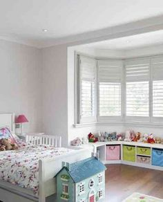 Simple Teenage Bedroom Design Ideas with Low Financial Budget Kids Room Art, Kids Room Design, Window Seat Storage, Pretty Bedroom, Little Girl Rooms, Girls Bedroom, Bedrooms, Bedroom Storage, Home Decor Bedroom