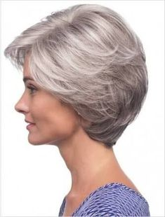 Wearing the latest Ladies Grey Lace Front Wig, Kanekalon Braiding Hair to become a trendy person now. Short Hair Syles, Short Grey Hair, Short Hair With Layers, Short Hair Cuts For Women, Bob Hairstyles For Fine Hair, Elegant Hairstyles, Short Hairstyles For Women, Wig Hairstyles, Office Hairstyles