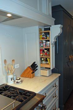 ... Potpourri Interiors, Mission Hills KS | Builder: Delta Renovations,  Barrington IL | Custom Cabinets: Rick Weaver, Kansas City KS | Architect:  Paul Minto ...