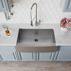Exceptional Kitchen Remodeling Choosing a New Kitchen Sink Ideas. Marvelous Kitchen Remodeling Choosing a New Kitchen Sink Ideas. Single Bowl Kitchen Sink, Farmhouse Sink Kitchen, Modern Farmhouse Kitchens, Rustic Kitchen, New Kitchen, Kitchen Decor, Kitchen Ideas, Awesome Kitchen, Stainless Steel Farmhouse Sink
