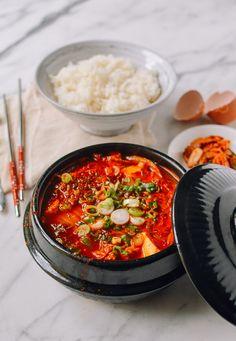 Soondubu Jigae (Korean Soft Tofu Stew) - The Woks of Life Asian Recipes, Healthy Recipes, Ethnic Recipes, Healthy Food, Tofu, South Korean Food, Food Photography Tips, Korean Photography, Korean Dishes