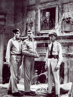 Gomer, Andy and Barney in the haunted house.