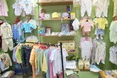 tiendas de ropa de niños de segunda mano - Buscar con Google DOONDE SE CUELGA ROPAAAAA DEL PISO CON PATAS DE SEMENTO Y BOTES Y PALOS DE ESCOBA