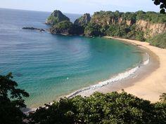 Praia do Sancho vista do ponto de meditação