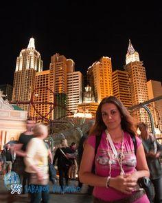 Ilusiones espejismos fantasía e irrealidad de eso va Las Vegas al fin y al cabo un oasis en el desierto  #newyork #lasvegas #skyline #nightphotography #usa by vir_365sabados
