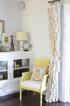 best DIY window treatment ideas to decorate any room for 2019 . best DIY window treatment ideas to decorate any room for 2019 With Ruffle Curtains, Burlap Curtains, French Curtains, Luxury Curtains, Short Curtains, Yellow Curtains, Ikea Curtains, Striped Curtains, Boho Curtains