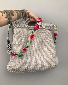 Straw Bag, Burlap, Pouch, Reusable Tote Bags, Embroidery, Instagram, Fashion, Crochet Purses, Crochet Jewellery