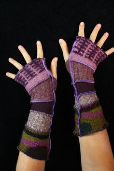 Here is a great pair of arm warmers made from bits of recycled knits. They have…