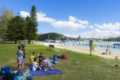 Pack up your picnic and head straight out to one of these fabulous Sydney Harbour family picnic spots. Harbor Bridge, Harbor View, Picnic Spot, Family Picnic, New South, New Tricks, Top Ten, Botanical Gardens, Sunny Days