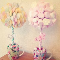 Sweet trees in mugs Chocolate Wedding Favors, Chocolate Bouquet, Marshmallow Tree, Sweetie Cake, Making Sweets, Candy Arrangements, Candy Trees, Sweet Trees, Tea Party Birthday