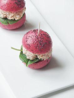 Recette minis burgers: buns rose à la betterave et rillettes aux deux saumons