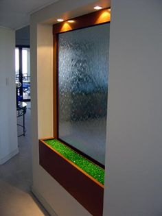 Waterfall Fountain Features : Indoor/Outdoor Free Standing and Wall Mounted Water Walls and Water Fall Fountains Hubby has always wanted one of these. Indoor Waterfall Wall, Indoor Waterfall Fountain, Indoor Wall Fountains, Diy Fountain, Tabletop Fountain, Indoor Fountain, Water Fountains, Indoor Water Features, Bubble Wall