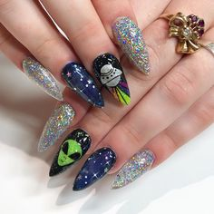 829 Likes, 16 Comments - Vanessa Cooper Nail Art Designs Videos, Long Nail Designs, Acrylic Nail Designs, Pastel Goth Nails, Grunge Nails, Halloween Acrylic Nails, Best Acrylic Nails, Nail Art Hacks, Nail Art Diy