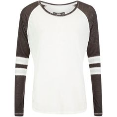 Superdry Women's Essential Burnout T-Shirt - Optic/Black (85 BRL) ❤ liked on Polyvore featuring tops, t-shirts, shirts, long sleeves, long sleeve tees, long-sleeve shirt, long sleeve stripe shirt, raglan t shirt and curved hem t shirt