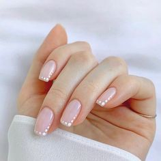 Frensh Nails, Chic Nails, Stylish Nails, Nail Manicure, Pink Nails, Hair And Nails, Chic Nail Art, Subtle Nail Art, Neutral Nail Art