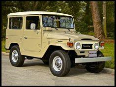 1978 Toyota FJ-40 Land Cruiser