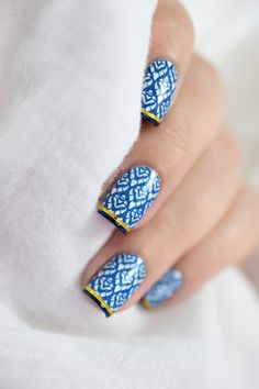Marine Loves Polish: Blue Madness - MoYou Asia 10 & Midnight Madness - Stamping - French Manicure - striping tape