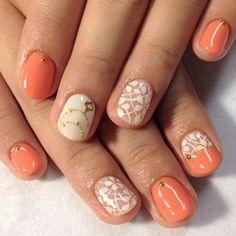 オレンジ オレンジ×お花ネイル♪|ネイルデザインのカタログ|moya nail|かみまどネイルカタログ