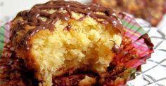 Ελληνικές συνταγές για νόστιμο, υγιεινό και οικονομικό φαγητό. Δοκιμάστε τες όλες Greek Sweets, Greek Desserts, Candy Recipes, Sweet Recipes, Cookbook Recipes, Cooking Recipes, Cooking Tips, Coconut Macaroons, Cake Bars