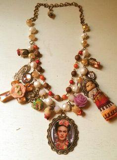 Collar inspirado en Frida Kahlo y cultura Mexicana diseños por Deseos Divinos# Guadalajara