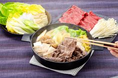 This is Gulten Free recipe. Cooking time: 20 minutes Servings: 6 Calories: 435kcal Ingredients Romaine lettuce 2 head(or Hakusai  1/2 head) Leek x 1(or Japanese Naganegi x 2 stalks) Shirataki 2 packs Enoki mushrooms 2 packs Beef ( sliced thin) 540g(1.2 pound) Tofu (medium firm) one block(10oz) Soy sauce 80ml (1/3 cup) Maple syrup 80ml (1/3 cup) Red wine 80ml (1/3 cup) Method 1.Rinse Romaine lettuce (or Hakusai), separate leaves cut into 2 inch pieces. 2.Slice leek (or Naganegi) diagonally…