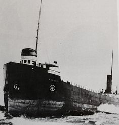 The L. C. Smith ashore on Lake Superior after trying to enter Two Harbors, Minnesota in heavy fog on 9 July 1910.