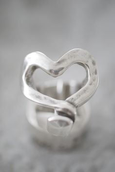 Gorgeous new pieces for Valentine's Day by Uno De 50. Visit Isabel B to see more!