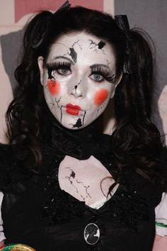 Halloween Make-up: 5 DIY-Beauty-Hacks für den Partyabend