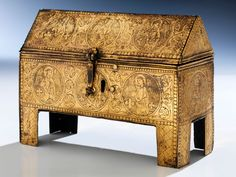 A gothic Casket  Height: 14.5 cm.  Length: 20 cm.  Depth: 7 cm.  13th/ 14th century  Bronze and gilding.