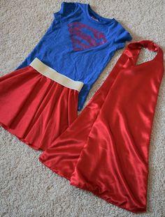 Superman or Supergirl DIY costume awesome boot cover idea Girl Superhero Costumes, Super Hero Costumes, Superhero Party, Superman Shirt, Super Girls, Super Mom, Diy Girls Costumes, Hallowen Costume, Costume Ideas