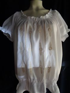 Vintage embroidered blouse white with beige by vintagewayoflife