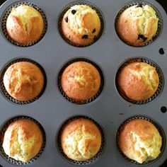 10 Minute Muffins with Bread Flour Sweets Recipes, Baking Recipes, Baking Without Butter, Chocolate Banana Muffins, Bread Cake, Bread Pizza, Cafe Food, Healthy Baking, Food To Make
