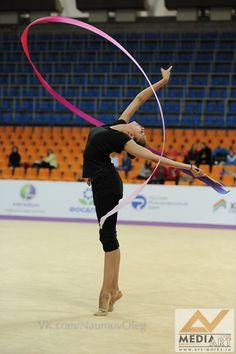 Margarita MAMUN (RUS) Ribbon Training