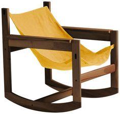 Rocking chair Pelicano Structure noyer / Housse coton Or - Objekto - Décoration et mobilier design avec Made in Design
