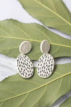 Loop Statement earrings by Malaforma