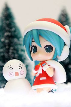 Christmas Miku is delivering your gifts this year! - Photographed by jfonline! http://buff.ly/13FYl1O