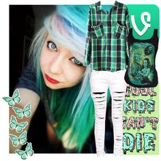 lolz so i brought candy to school today, like a giant bag and it was all gone within seconds when i brought it out lolz Hipster Outfits, Emo Outfits, Teenager Outfits, Grunge Outfits, Scene Kids, Emo Scene, Scene Hair, Style Me, Scene Style