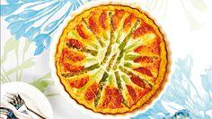 Gluteeniton piirakka parsa-chorizotäytteellä maistuu myös vieraille, joilla ei ole keliakiaa.