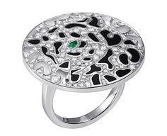 Panthère de Cartier ring. White gold, emerald eye, onyx, diamonds. PHOTO: Vincent Wulveryck © Cartier 2011