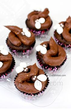 Craftibilities: CRAPPY CUPCAKES - DOG POO birthday treat - funny- friends/co-workers/family FAKE FUN- looks real