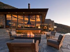Mid Century Modern Outdoor Fire Pit Design Ideas, Pictures, Remodel and Decor