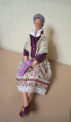 tilda by lela Handmade Angels, Waldorf Dolls, Fairy Dolls, Soft Dolls, Textile Artists, Doll Crafts, Cute Dolls, Plush Dolls, Doll Patterns